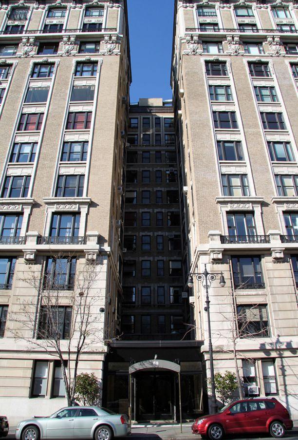 Asunto sijaitsee Central Park West -kadulla.