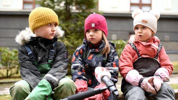 4-7-vuotiaat lapset kertoivat tietonsa ja ajatuksensa koronaviruksesta Iltalehden haastattelussa.