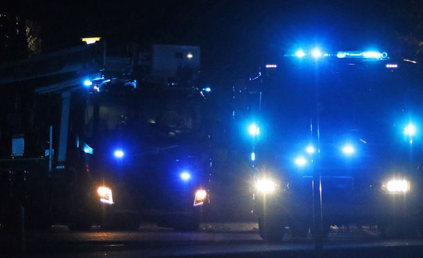 Espoossa evakuointiin torstaina yöllä asukkaita rivitalon tulipalon takia. Kuvituskuva
