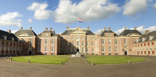 Paleis Het Loo on entinen kuninkaallinen palatsi Apeldoornissa.