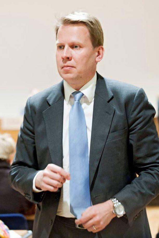 Kokoomuksen ex-puoluesihteeri Harri Jaskari oli viime vaaleissa viimeinen puolueen listalta eduskuntaan valittu. Siltä sijalta harvemmin ponnistetaan jatkoon.