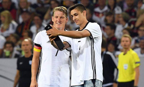 Viimeisen maaottelunsa pelannut Bastian Schweinsteiger ei hämmästänyt yllättävästä tilanteesta.