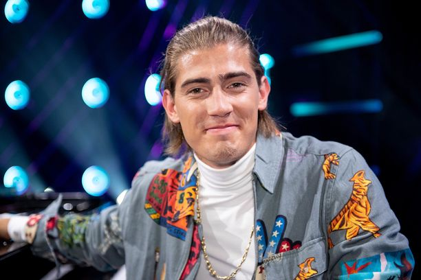 Robin Packalen vaihtoi laulukielen suomesta englantiin vuonna 2019.