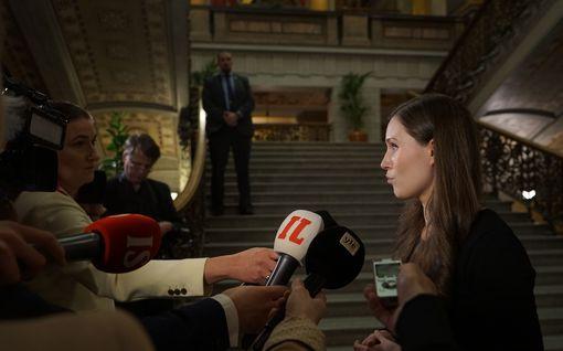 Pääministeri tviittasi, ettei voi luvata hallituksen onnistuvan kriisin keskellä täydellisesti – pyysi työrauhaa