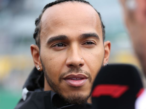 Lewis Hamilton on F1-sarjan hallitsija, myös palkkatuloissa.