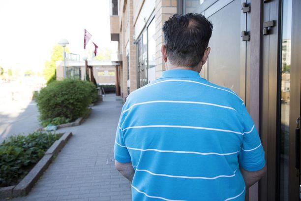 Jarmon mukaan lyönnistä on seurannut hänelle pysyviä vammoja. Hän ei kuitenkaan halunnut valittaa käräjäoikeuden tuomiosta.