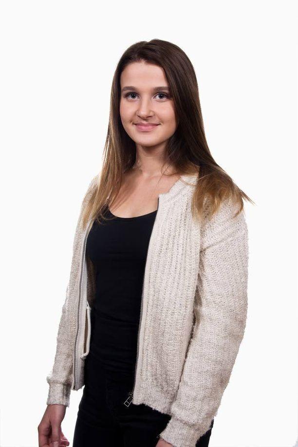 Vera Forsberg kilpailee The Voice of Finlandissa.