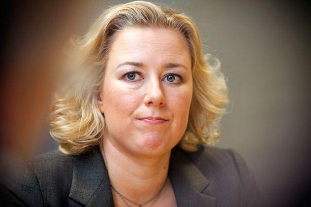 Valtiovarainministeri haluaa suomalaiset töihin.
