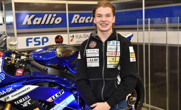 Eemeli Lahti, 21, joutui yhteentörmäykseen Italian MM-kisan sisäänajokierroksella.