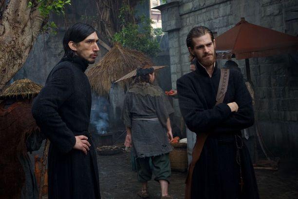 Andrew Garfieldin ja Adam Driverin esittämät jesuiittapapit tutustuvat Martin Scorsesen ohjauksessa ikäviin japanilaisiin kidutusmetodeihin.