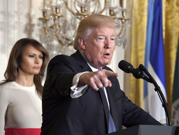 Washington Postin mukaan Trumpin ja Corkerin välirikko saattaa vaikeuttaa Valkoisen talon ajamien aloitteiden etenemistä.
