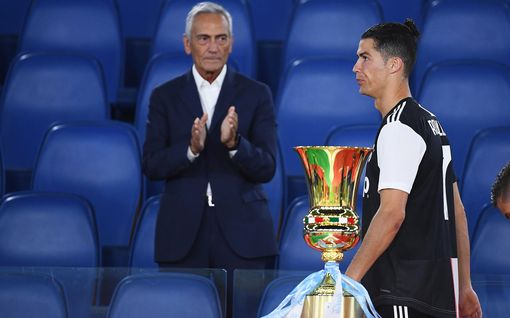 """Cristiano Ronaldolle, 35, täyslaidallinen - onko kuuluisa fysiikka mennyttä? """"Ei pysty kuljettamaan"""""""