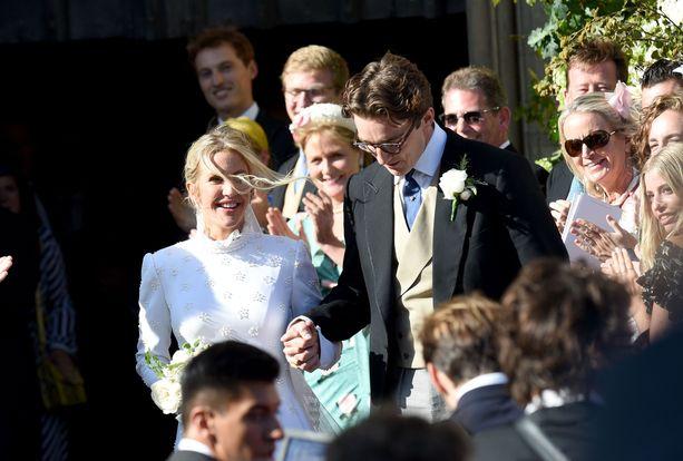 Ellie Goulding on puhunut perhesuhteistaan julkisuudessa.