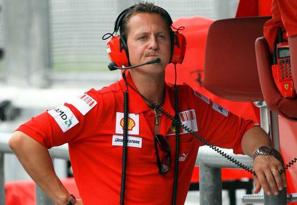 Oho, miten tässä näin kävi? Michael Schumacher on joutunut kritiikin kohteeksi.