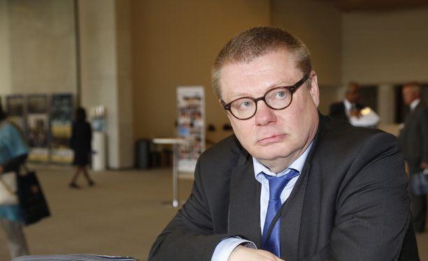 Ylen hallintoneuvoston puheenjohtaja Kimmo Kivelä kommentoi tiistaista lausuntoaan.