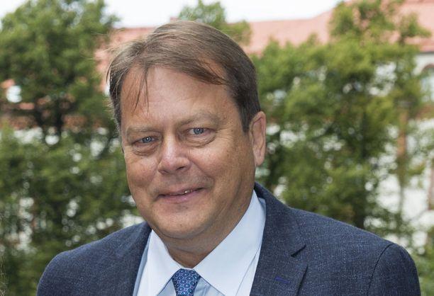 Jari Porttila teki kirjan talvilajien suomalaisista olympiasankareista.