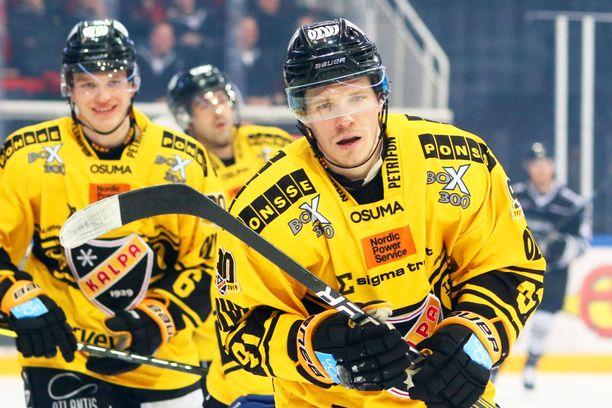 Takuuvarmana yli 30 pisteen miehenä tunnettu Janne Keränen ei jatka KalPassa.