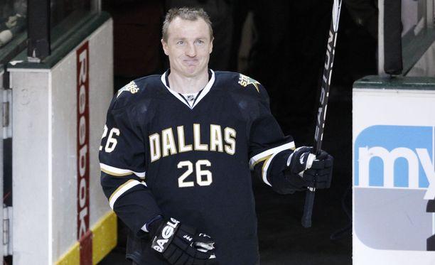 Jere Lehtisen pelipaita numero 26 nostettiin Dallas Starsin kotihallin kattoon Suomen aikaa varhain lauantaina aamulla. Kuvassa Lehtinen vuonna 2010.