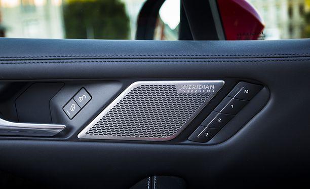 Jaguar Land Rover tekee yhteistyötä Meridian Audion kanssa.