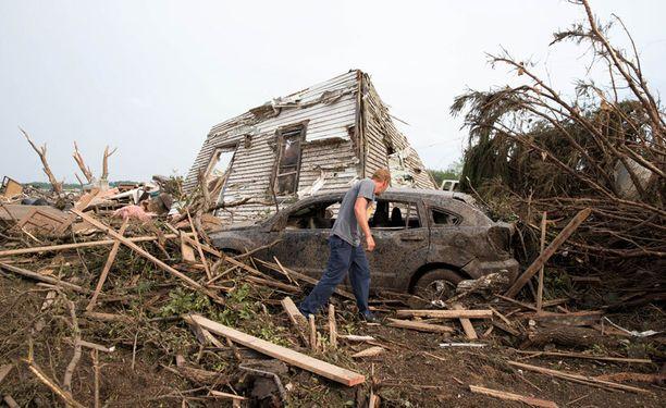 Tornadot tekivät tuhoja Pilgerin kaupungissa.