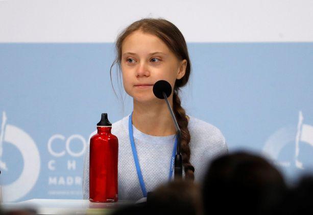 Greta Thunberg halusi antaa puheenvuoron muille nuorille aktivisteille.