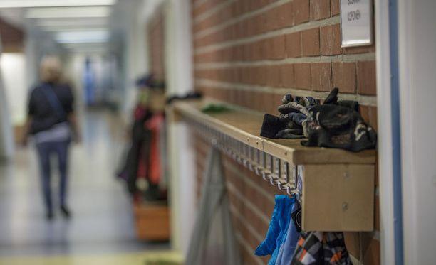 Kehitysvammaisten lasten koulukuljetuksissa on ollut ongelmia Tampereella. Kuvituskuva.