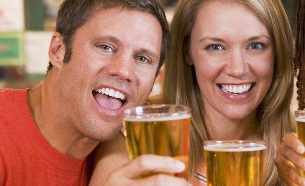 Erityisesti naisista tuli alkoholillisen oluen myötä seksuaalisesti vähemmän estyneitä.