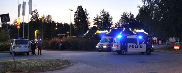 Porvoon Näsin McDonaldsin pihalla sattui ampumavälikohtaus.