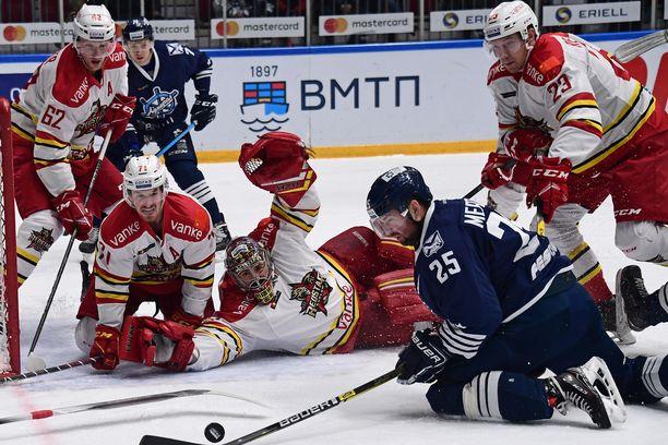 Arkistokuva Admiral Vladivostokin ja Kunlun Red Starin välisestä KHL-ottelusta.