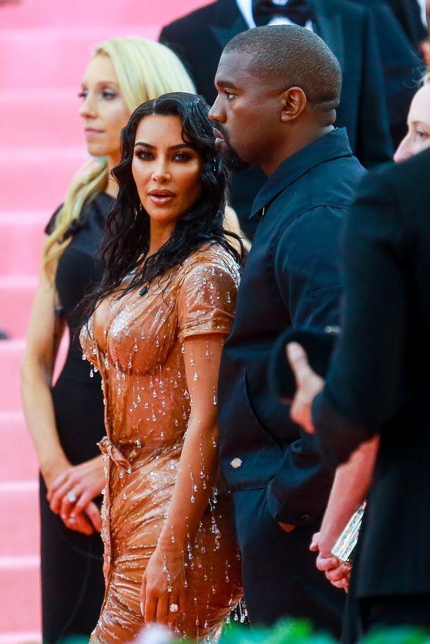 Kim Kardashian täytti vastikään 40 vuotta.