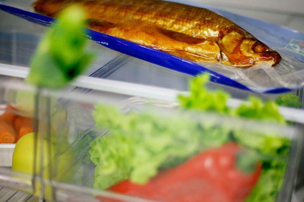 Myös kala kuuluu jääkaapin alaosaan.