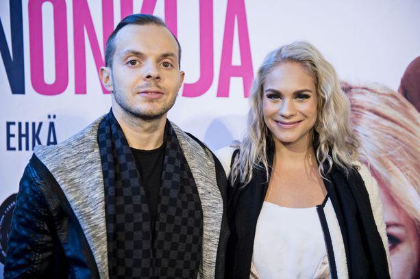 Räppäri Uniikki (Dan Tolppanen) ja fitnessurheilija Eevi Teittinen ehtivät pitää yhtä noin neljän vuoden ajan.
