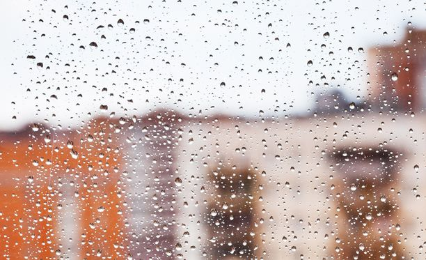 Sademäärä on tulevilla viikoilla tavanomaista suurempi lähes koko maassa.
