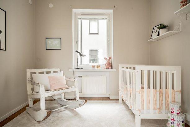 Vaalea pastellimainen sävy tekee huoneeseen hillityn ja rauhaisan tunnelman.