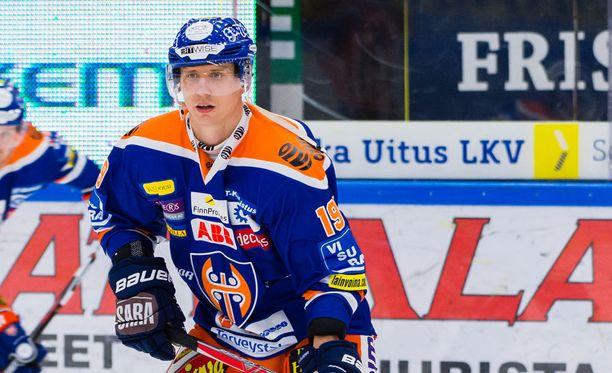Veli-Matti Savinainen ylsi ensimmäisenä 20 maaliin.