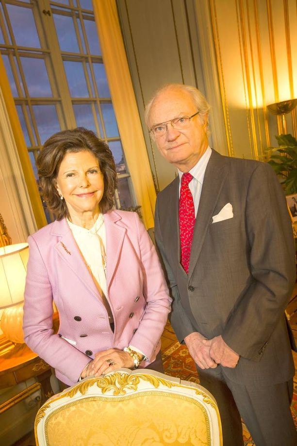 Kuningatar Silvia ja Kaarle Kustaa avioituivat kesäkuussa 1976, joten tasavuosia juhlitaan pian myös rakkauspuolella.