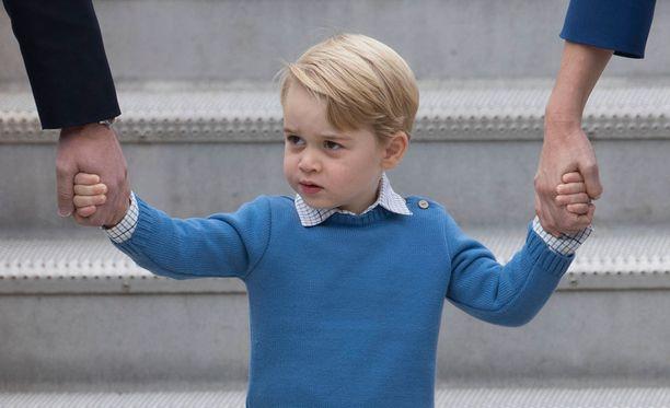 Georgella on kaksi sisarusta, pikkusisko prinsessa Charlotte ja pikkuveli Louis.
