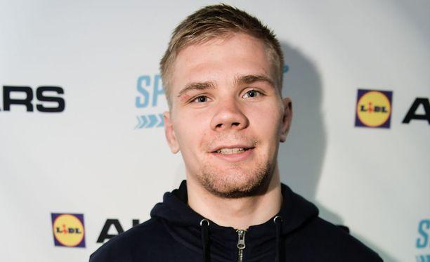 Elias Kuosmanen palautti suomalaissotilaat painin MM-kultakantaan.
