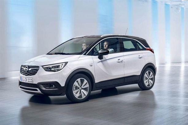 Uusi Opel on samankokoista Mokka X:ää tila-automaisempi muodoltaan.