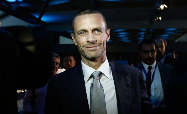 Aleksander Ceferin ottaa kohujen värittämän Uefan puheenjohtajan tehtävän haltuunsa.