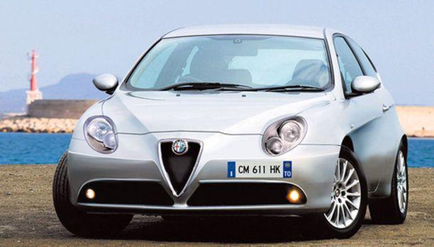 Alfa 149 on saanut tässä epävirallisessa kuvassa vauhdikkaat kasvot.