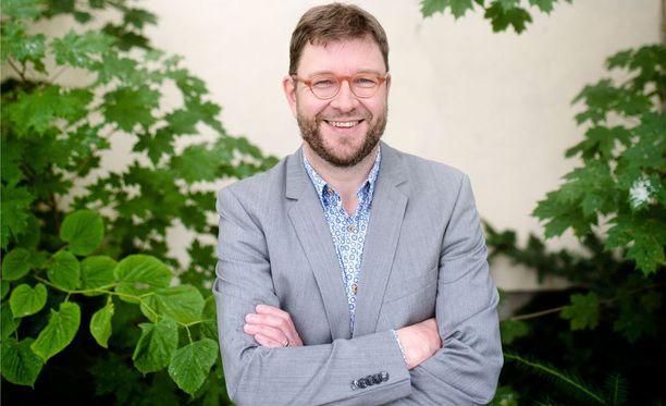 Timo Harakka ilmoittaa huomenna lähtemisestään SDP:n puheenjohtajakisaan.