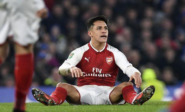 Alexis Sánchezin ounastellaan debytoivan Manchester Unitedin paidassa perjantain cupmatsissa.