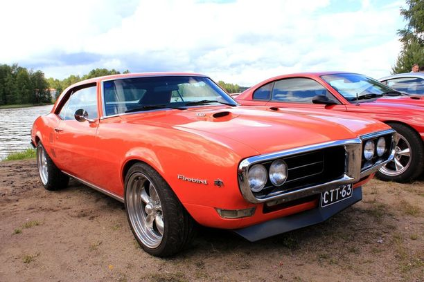 Olisiko 60-luvun lopun muskeli-Pontiac sinun makuusi...