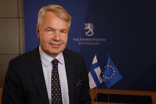 Ulkoministeri Pekka Haavisto (vihr) sai moitteet perustuslakivaliokunnalta.