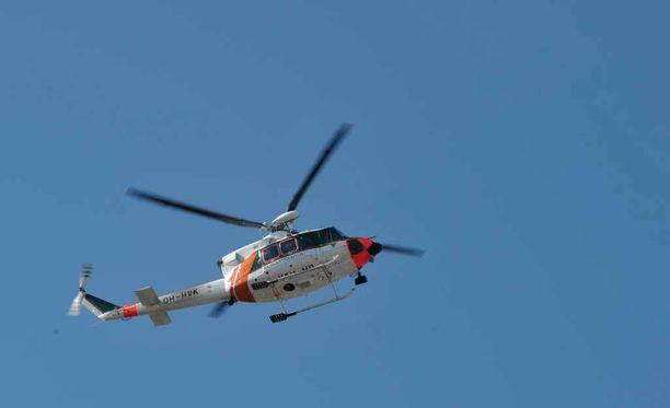 Rajavartiolaitos harjoitteli uusilla meripelastushelikoptereilla pääkaupunkiseudulla. Kuva vuodelta 2009.