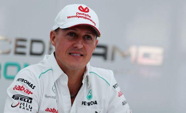 Vakavasti loukkaantunut Michael Schumacher on saamassa pojastaan seuraajan formuloihin.