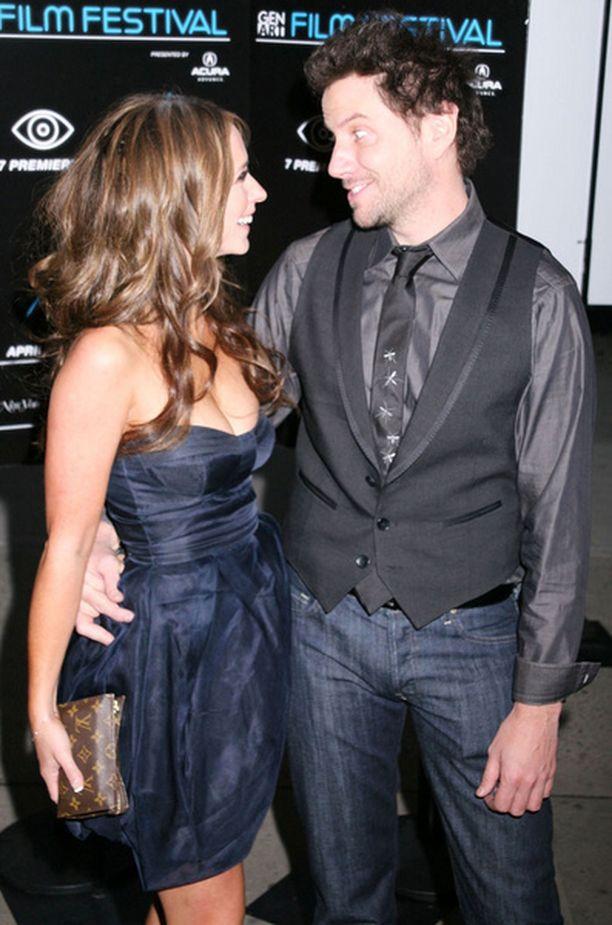 Jenniferin mukaan Jamien huumorintaju saa suhteen puhkeamaan kukkaan.