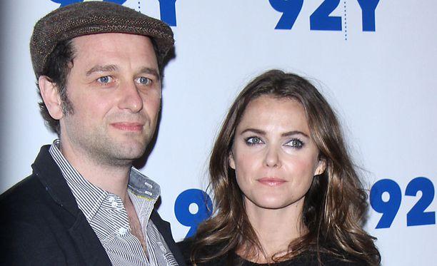 Matthew Rhys ja Keri Russell nähdään sarjan pääosissa.