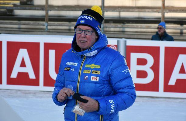Kiistelty ja kiitelty Wolfgang Pichler toimii Ruotsin ampumahiihtomaajoukkueen peräsimessä.